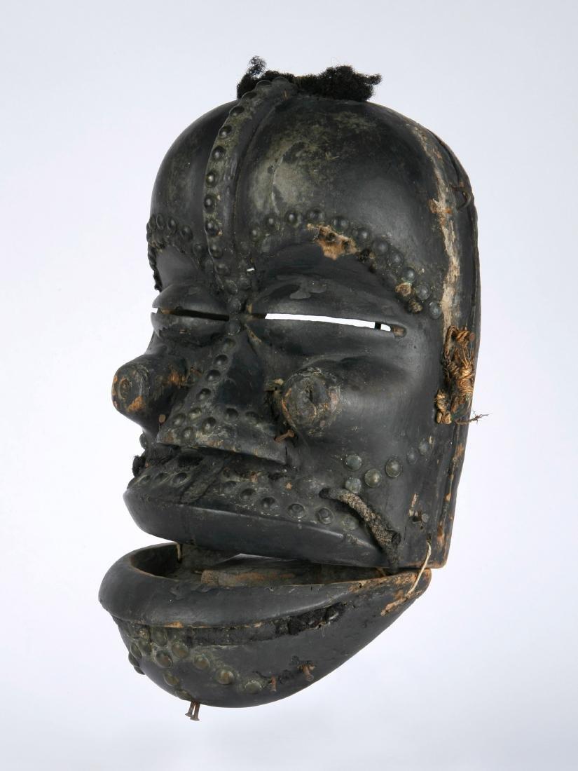 Klappkiefer-Maske