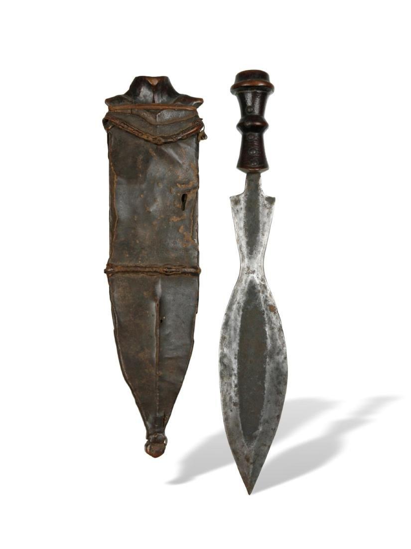 Messer mit Scheide