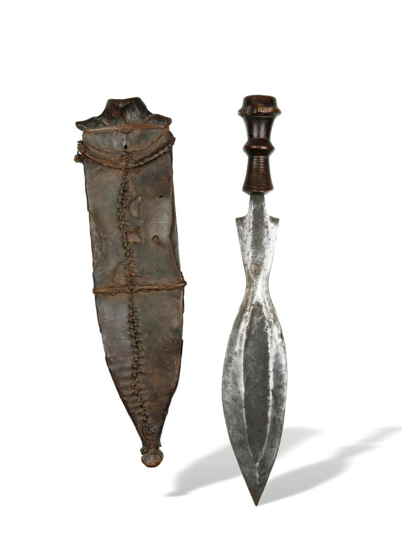 Messer mit Scheide - 2