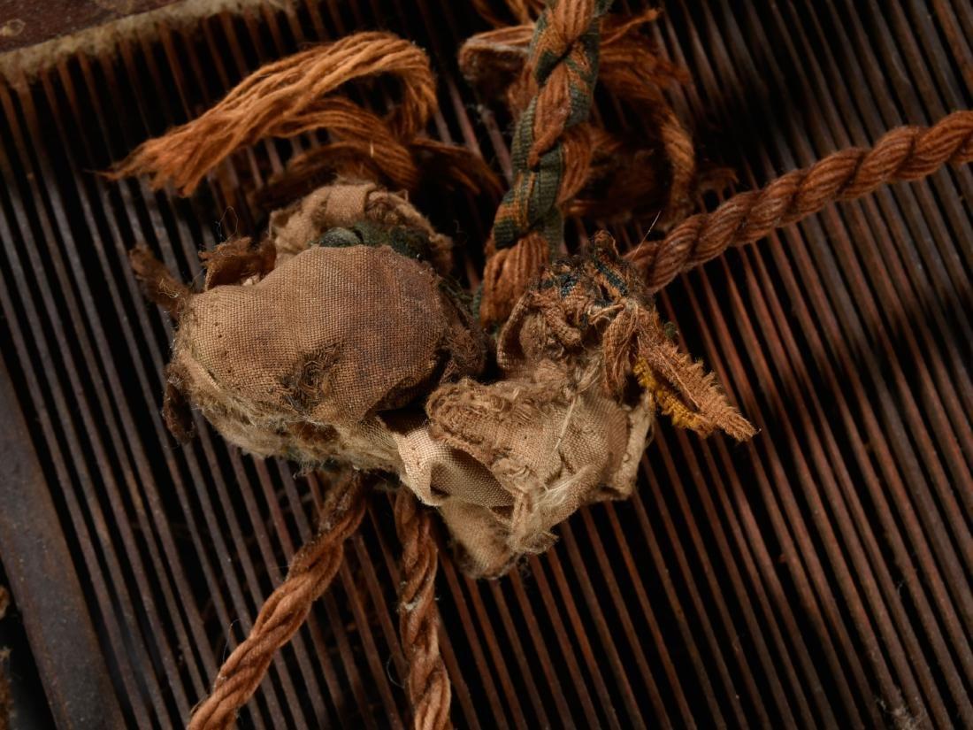 3 Webkämme und 2 Schiffe / Ethnographic Tribal Art - 6