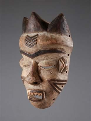 "A Pende Mask, ""mbuya"""