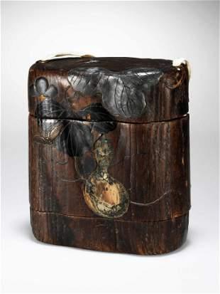 A Japanese Tobacco Box, Tonkotsu Sagemono