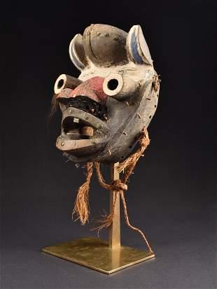 "A Wè-Guéré Mask, ""tee gla"""