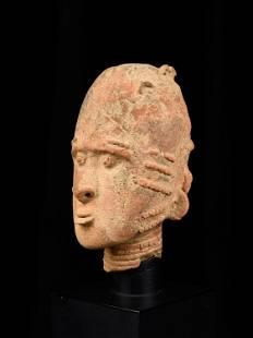 An Akan-Aowin Commemorative Head
