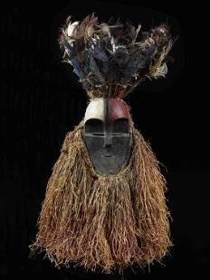 """An Aduma-Okande Face Mask, """"mvudi"""""""