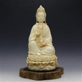 Chinese Ming Dynasty Dehua Porcelain Guan-Yin Statue