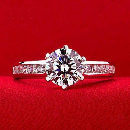 PT950 Platinum Diamond Ring