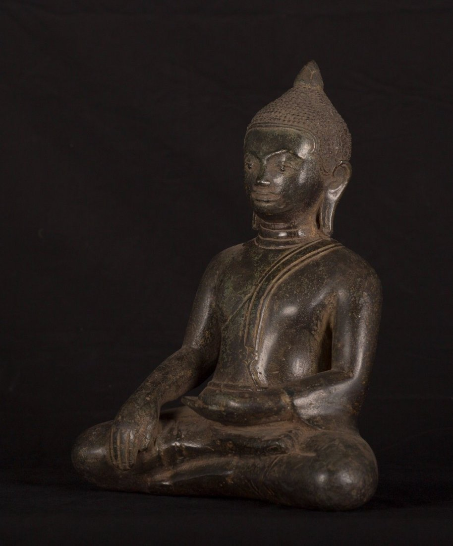 19th Century Antique Khmer Enlightenment Buddha Statue - 3