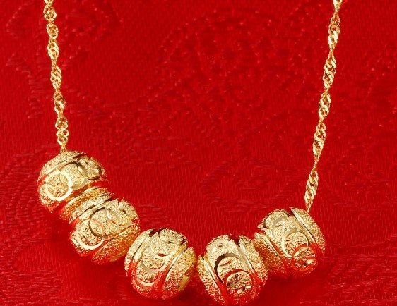 18k Gold Lady Necklace - 4