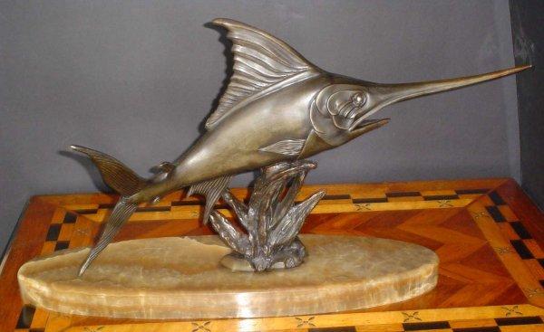 12: FISH ON MARBLE BASE 13872