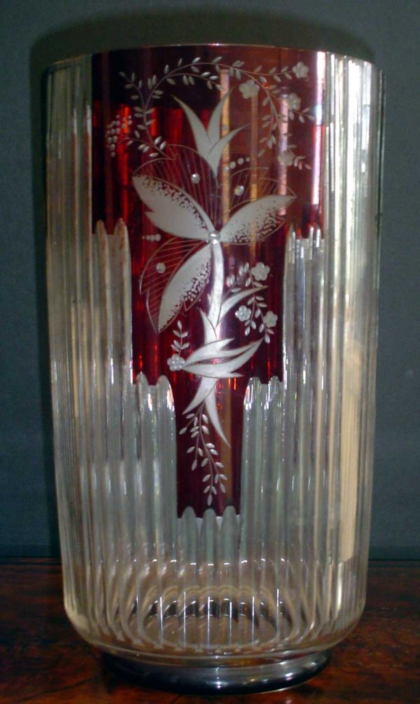 18: TALL RED CUT TO CLEAR VASE 11310