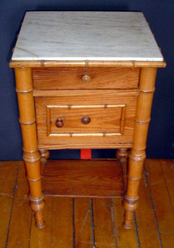 20: FAUX BAMBOO NIGHTSTAND 13592C