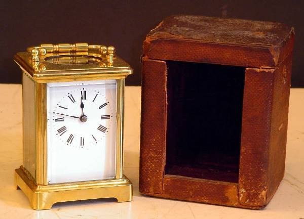 24: CARRIAGE ALARM CLOCK IN ORIGINAL CASE 14081