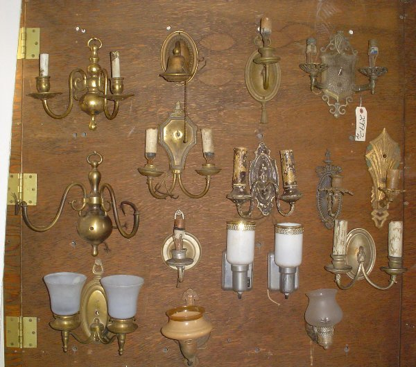 7: 14 BRASS AND BRONZE WALL SCONCES 2992