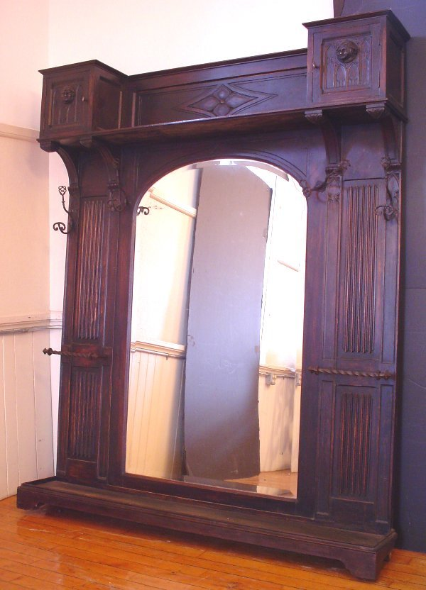 181: ANTIQUE LARGE GOTHIC HALL TREE W/MONK HEADS 12939