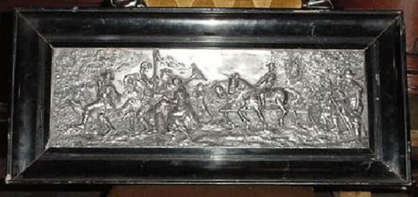 188: SILVER EMBOSSED WALL PLAQUE W/FIGURES 11916