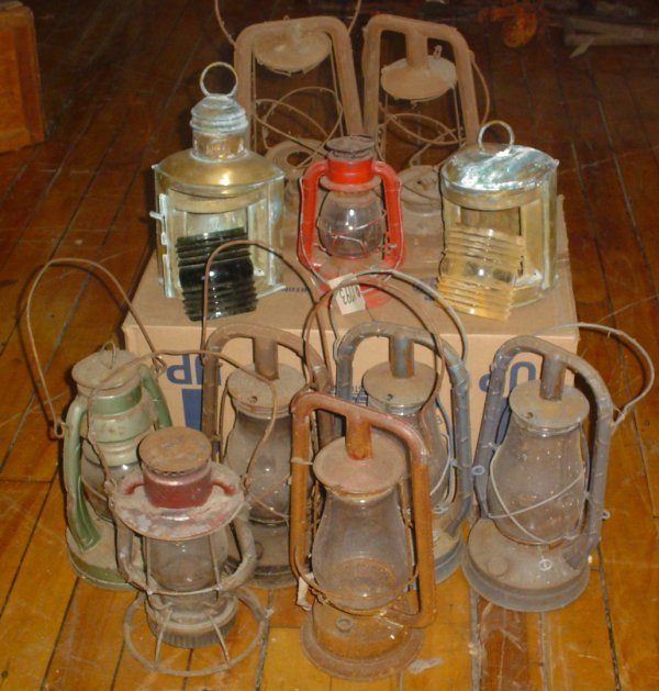 9: LOT OF EARLY KEROSENE LAMPS 1793