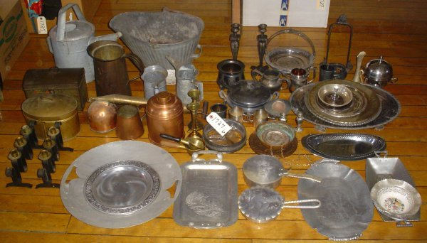22: APPROX. 60 PCS OR METAL WARE 1727