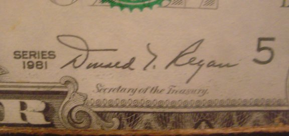 221: FRAMED SINGLE UNCUT SHEET OF 32 1981 $1 BILLS 3324 - 3