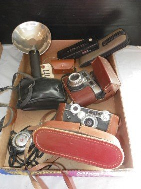 7 PC BOX LOT CAMERA'S KODAK, RICHOH, ARGUS 4482
