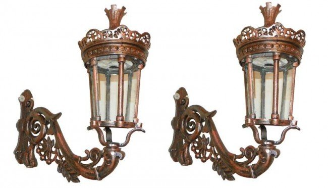 143: PAIR OF CAST IRON EXTERIOR WALL LANTERNS 4335B