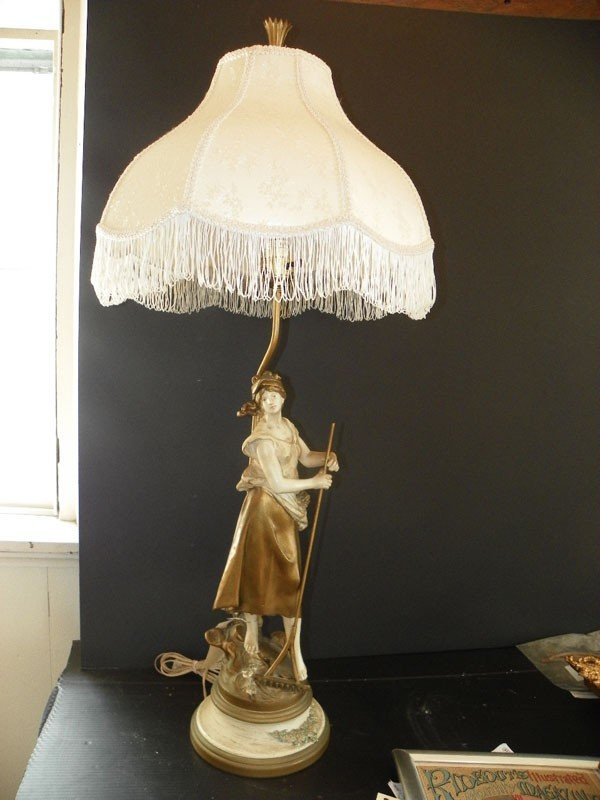 12: TABLE LAMP OF LADY  DECORATIVE FRINGED SHADE (1514)