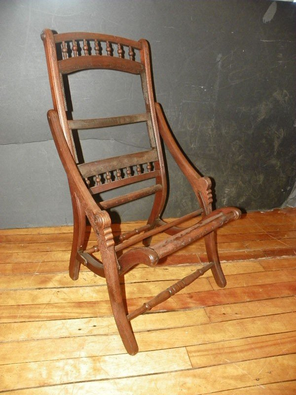 15: VICTORIAN FOLD UP CHAIR FRAME 2275