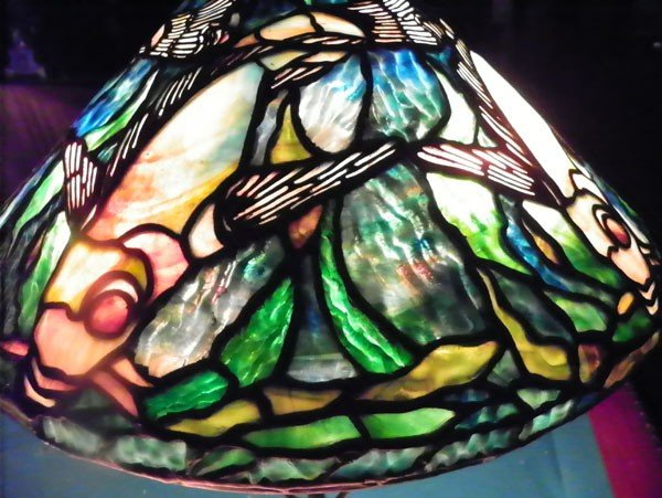 598: SIGNED TIFFANY STUDIOS LAMP W/ FISH SHADE 2462 - 5