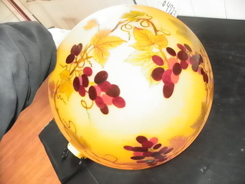 7: CAMEO STYLE ART GLASS ENAMELED DOME 4723