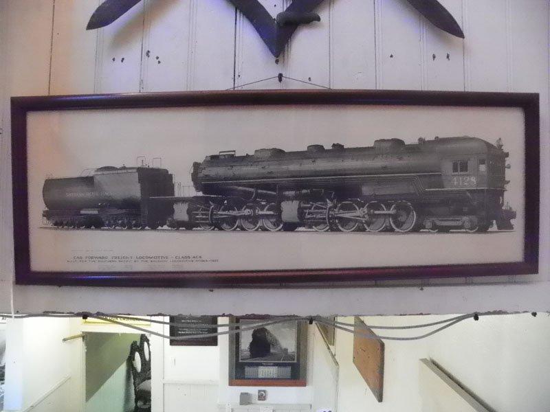 68: FRAMED PRINT OF1930S SOUTHERN LINES LOCOMOTIVE 4709