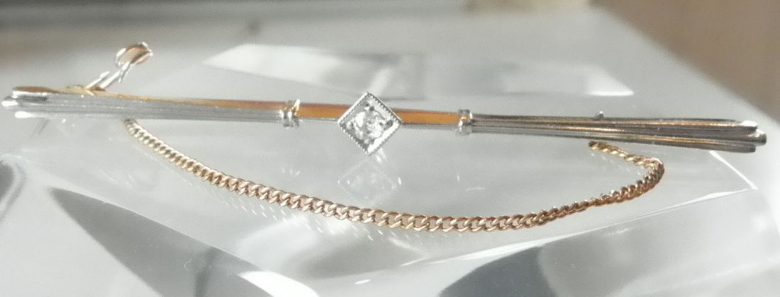 94:14K YELLOW GOLD TIE/STICK PIN W/ CENTER DIAMOND 1563