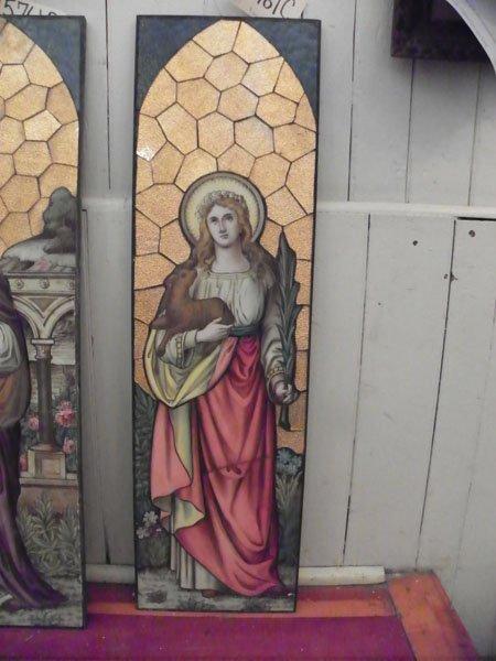 129: HAND PAINTED RELIGIOUS GLASS SCENE OF SAINT 15761C
