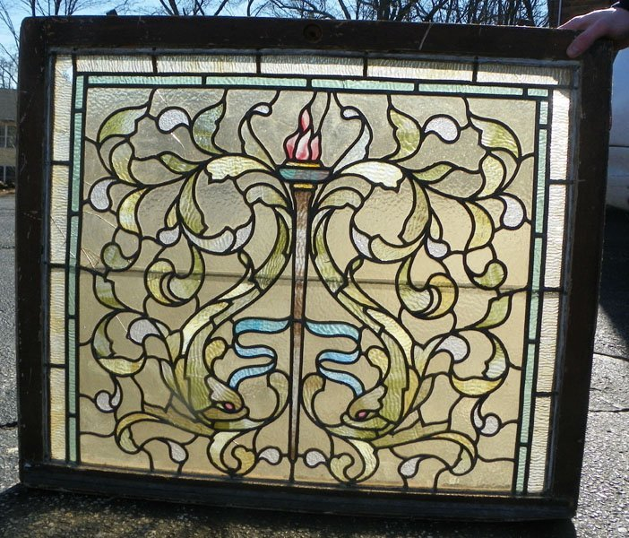 136: AMERICAN LEADED AND STAINED GLASS WINDOW 1534