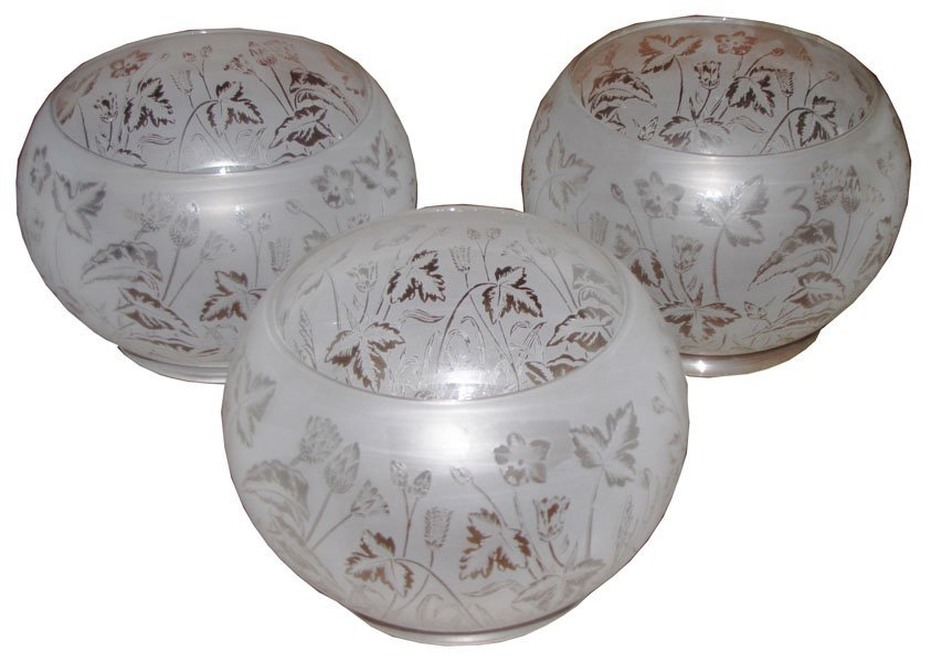 159: SET OF 3 ETCHED GAS SHADES IN FLORAL MOTIF 2880
