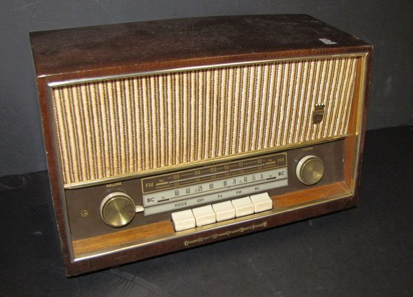 MODEL 96U GRUNDIG RADIO (NOT WORKING) 1531