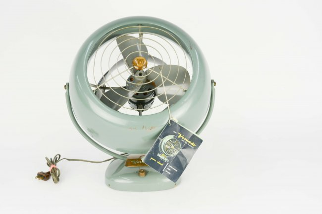 1950's Vintage Vorando Wall or Desk Fan - 2
