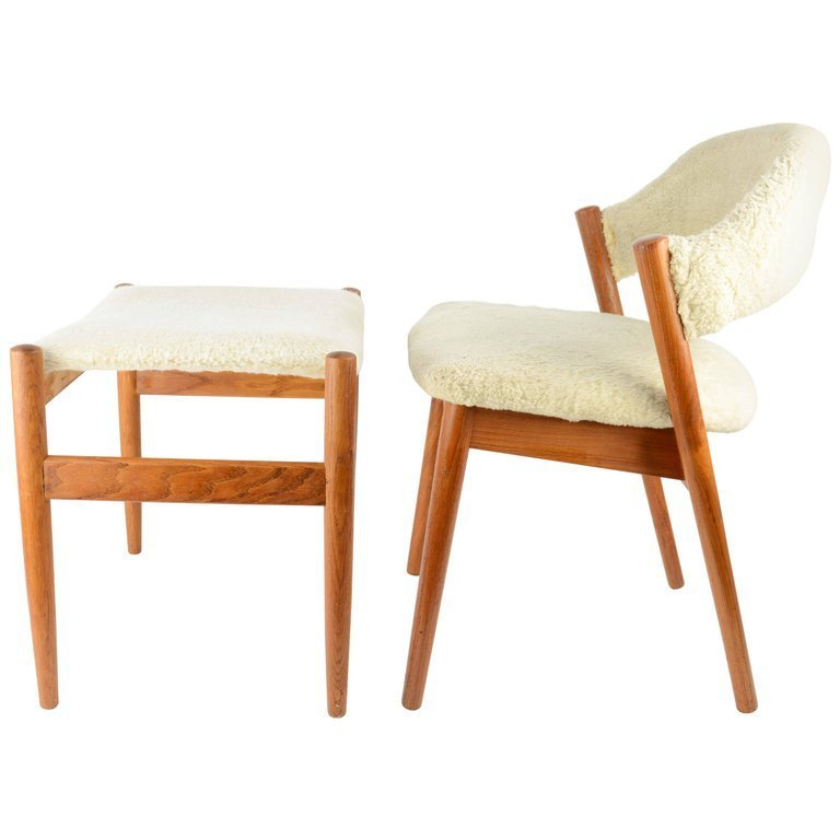 Elegant Danish Dressing Chair and Ottoman in Oak and