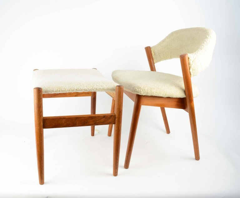 Elegant Danish Dressing Chair and Ottoman in Oak and - 2