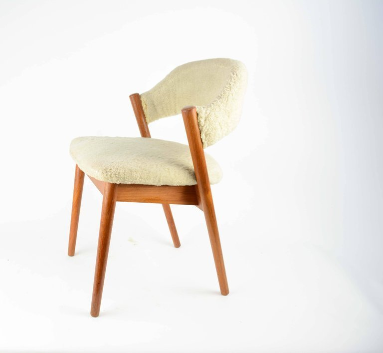 Elegant Danish Dressing Chair and Ottoman in Oak and - 3