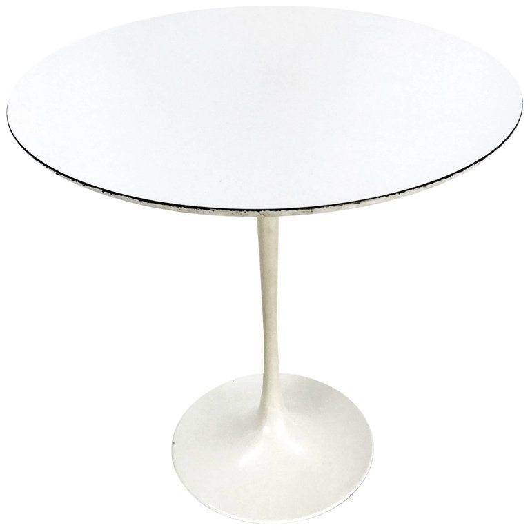 Early Eero Saarinen for Knoll Table
