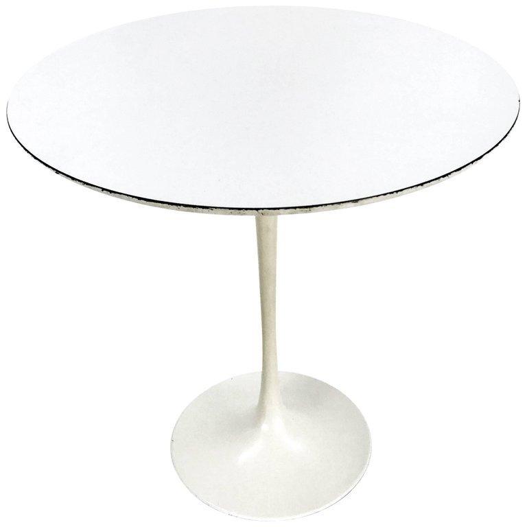 Early Eero Saarinen for Knoll Table