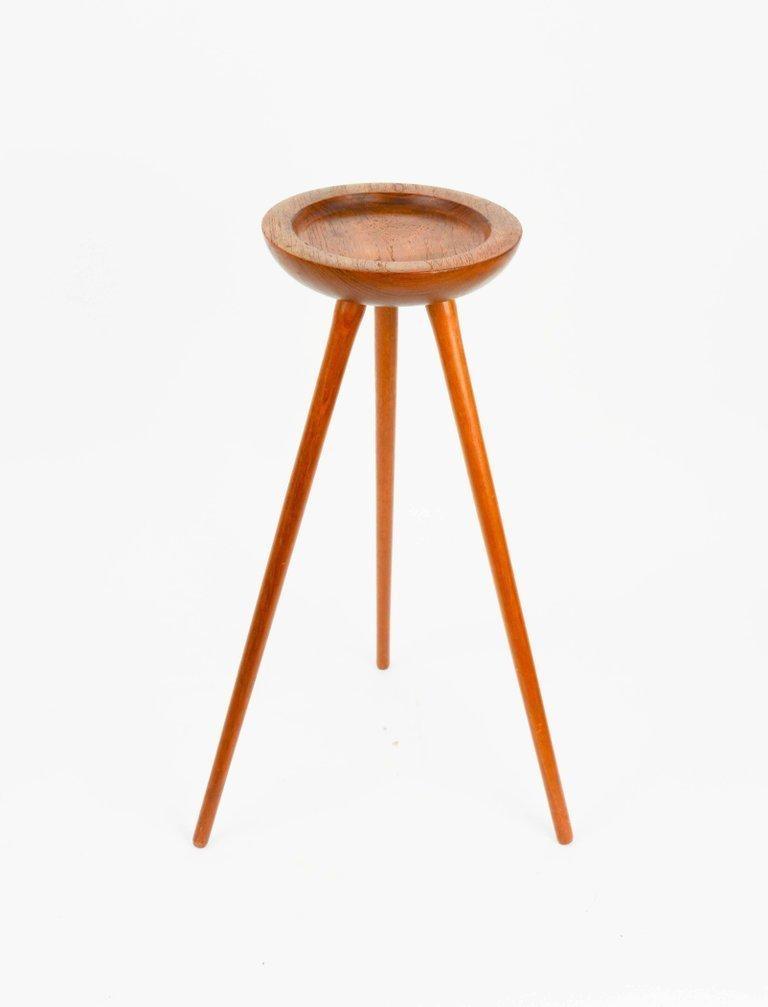 Tripod, Single Cocktail Table from Denmark in Walnut - 4