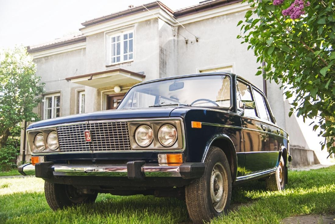 LADA 1500S, 1981; Excellent condition; classy livery;
