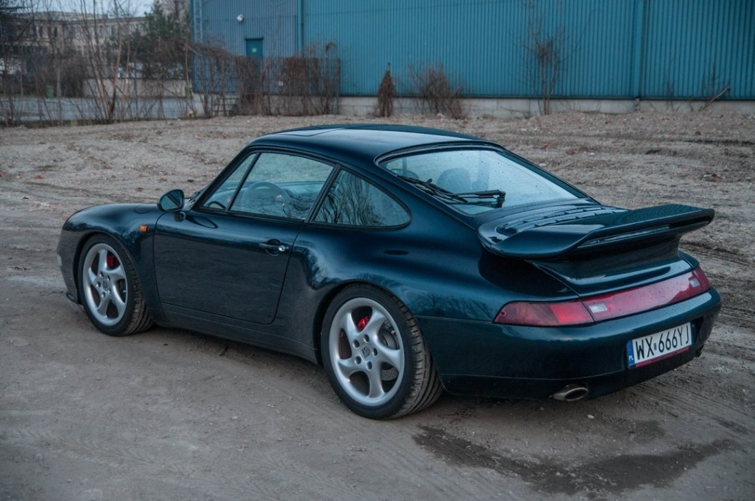 Porsche 911 Carrera 2, 1994; Chassis Number