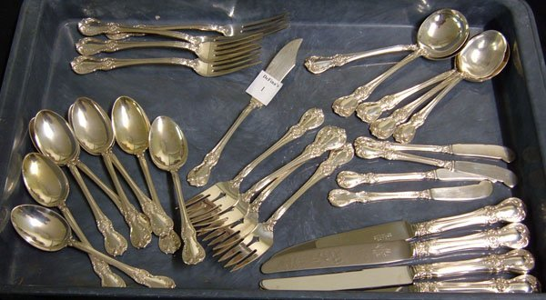 1: Thirty pieces Towle sterling. Old Master pattern