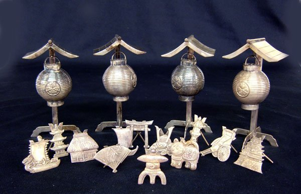 15: 12 sterling Oriental place card holders & 4 shakers
