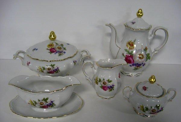 363: Mitterteich Bavarian china ''Meissen Floral''. Ser