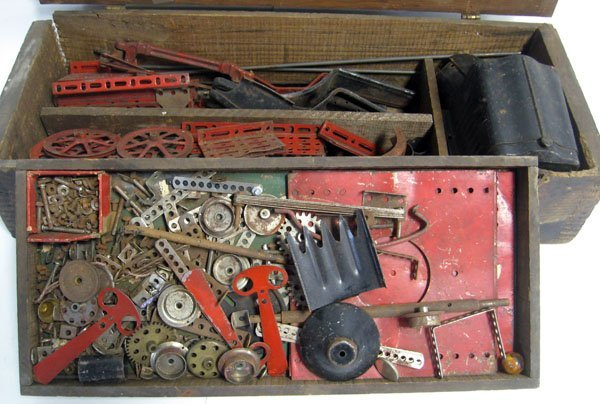 1920's Erector set, makes a white truck. 90% complete,