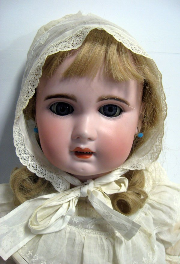 31'' antique doll unmarked Jumeau French Bebe.
