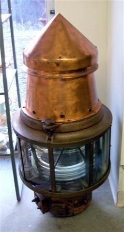 127: Electric buoy lamp #8102.
